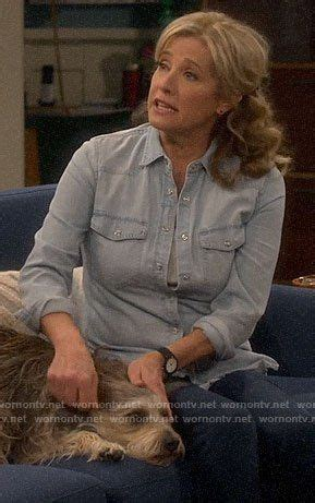 Vanessa's chambray shirt and chelsea boots on Last Man ...