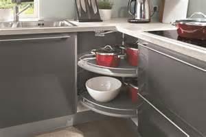 astuces pour meubles d angle cuisiniste aviva