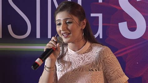 Dhvani Bhanushalis Glamorous Concert Outfits In 2020