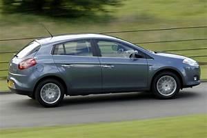 Fiat Brive : fiat bravo multijet 150 dynamic fiat bravo v rivals auto express ~ Gottalentnigeria.com Avis de Voitures