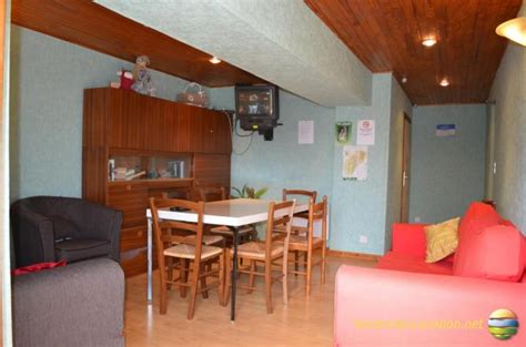 chambre d hotes jura region des lacs chambre d 39 hôtes à charézier location vacances jura