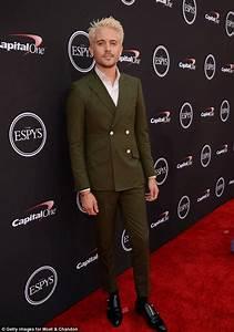G-Eazy debuts platinum locks as he hits 2018 ESPY Awards ...