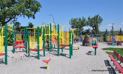 sunalta school playground calgaryplaygroundreviewcom