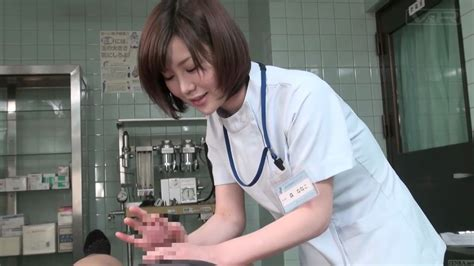 Subtitled Cfnm Japanese Female Doctor Gives Patient Handjob On Gotporn