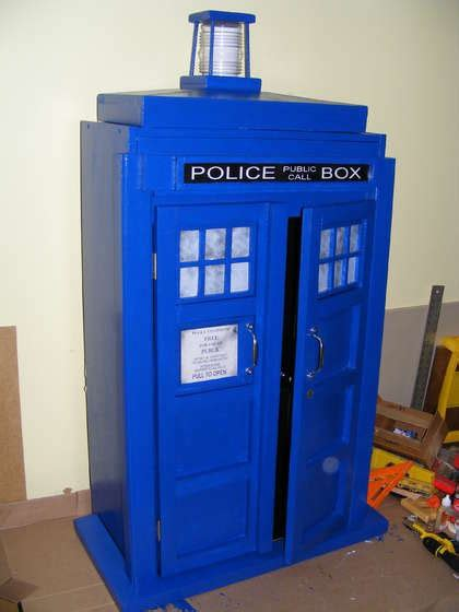 Tardis Cupboard by 147 Best Doctor Who Crafts Images On Doctor