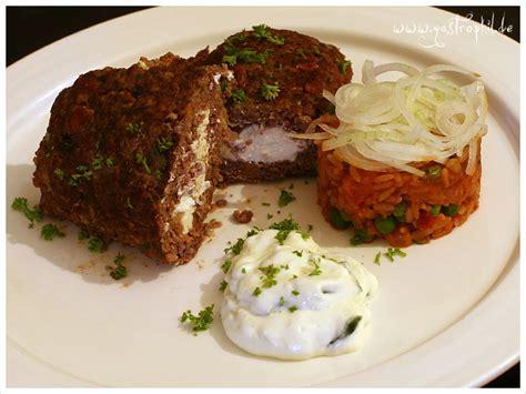 bifteki mit schafskaese gefuelltes hacksteak dazu gibts
