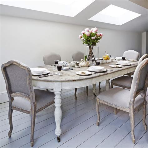Extendable dining table, lime/white washed top and painted