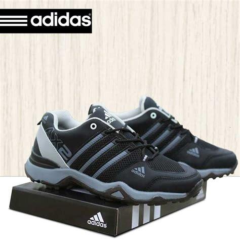 sepatu casual tracking adidas ax2 sepatu sport adidas ax2 hitam abu abu adax003 omsepatu