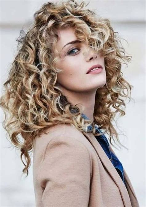10 Cutest Long Layered Haircuts with Various Types (With