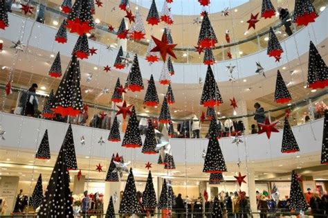 christmas decorations in wandswarth shopping centre london the best shopping spots in