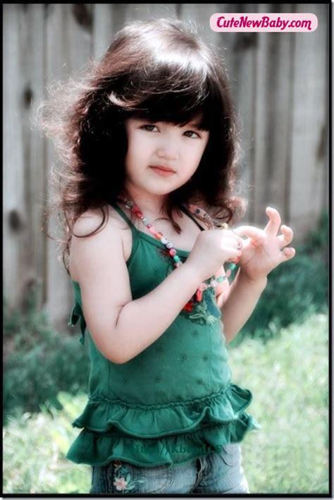 smart baby girl  beautiful dress cutenewbabycom