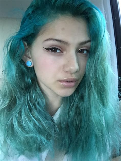 Hair In The Turquoise Hair Category
