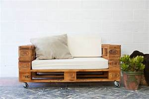 Sofa Aus Paletten Selber Bauen : sofa aus paletten bauen spannende diy projekte ~ Michelbontemps.com Haus und Dekorationen