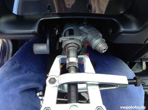 Vw Polo 6n2 Batterie Ausbauen Volkswagen Car