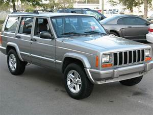 2001 Jeep Cherokee Limited Sport Utility 4