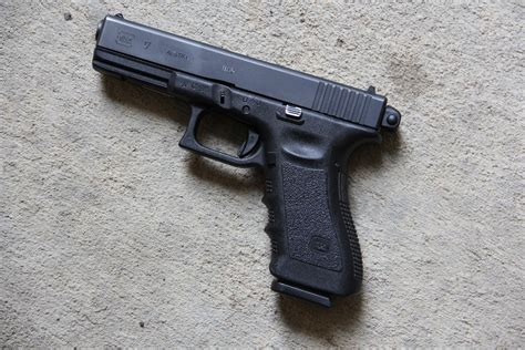 Machine Pistols On Trial
