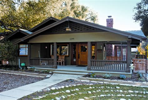 Browse these traditional style homes. A California Bungalow Renewed - Old-House Online - Old ...