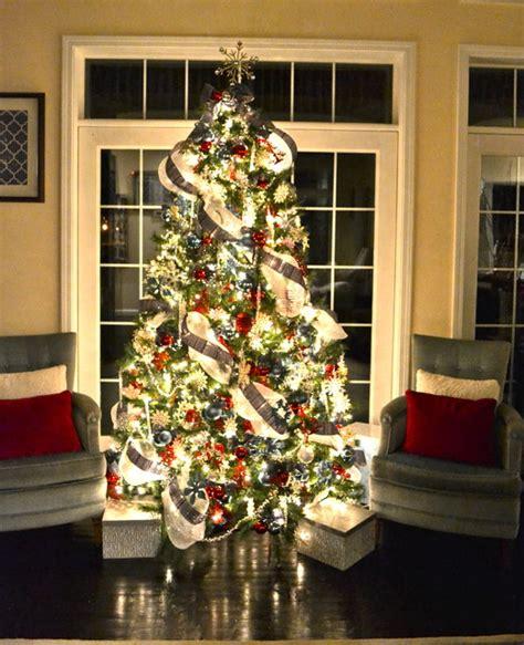 christmas tree contemporary living room