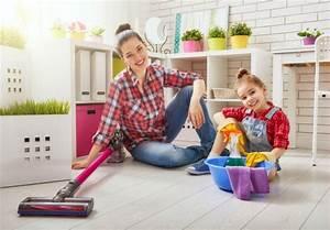 Wohnung Sauber Halten : praktische haushaltsger te so klappt 39 s mit der wohnungsreinigung ~ Frokenaadalensverden.com Haus und Dekorationen
