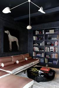 Walls With Charcoal Portrait Of A Hunting Dog In Modern Living Room