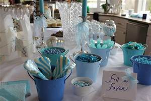 Throwing a baby shower for a boy wise words for women for Baby shower table decorations