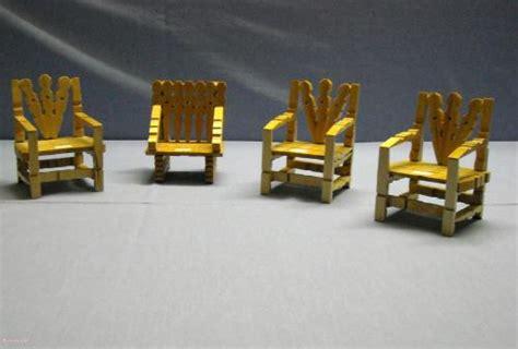 Chaise En Epingle A Linge En Bois by Les Chaises 187 D 233 Co Bibelots Jouets Pinces 224 Linge Colle