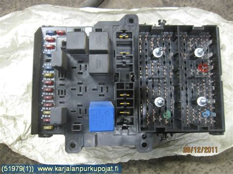 Fuse Box In Chrysler Voyager by Fuse Box Electricity Central P04707994ac Rasia