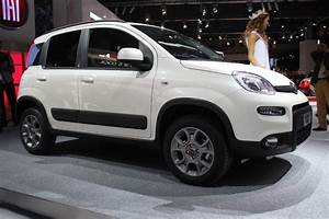 Avis Fiat Panda 4x4 : en direct du mondial 2012 fiat panda 4x4 le retour du mini baroudeur ~ Medecine-chirurgie-esthetiques.com Avis de Voitures