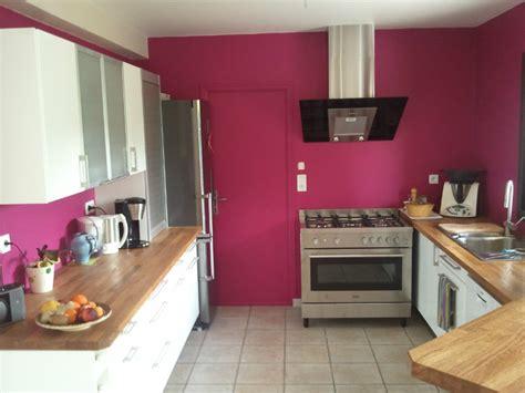 cuisine couleur framboise la cuisine un lieu stratégique de votre intérieur
