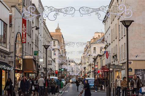 canapé rue du commerce creates lights for the quot rue du commerce