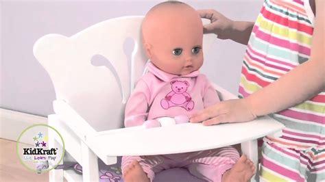 chaise haute bois poupée chaise haute en bois pour poupée
