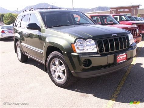 2007 jeep green metallic jeep grand laredo 4x4 57875397 gtcarlot car color