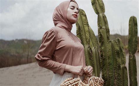warna jilbab  baju dusty pink hijab converse
