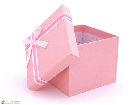 White Ribbon, Box And Gift Crochet Gifts For New Moms Cool Yoga Baptism El Paso Tx Awesome Art Nursing Australia Ideas Rochester Mn Pinterest