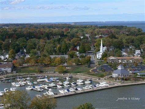 Huron Boat Basin Marina by Huron Harbor Lighthouse Picture Of Captain Montague S