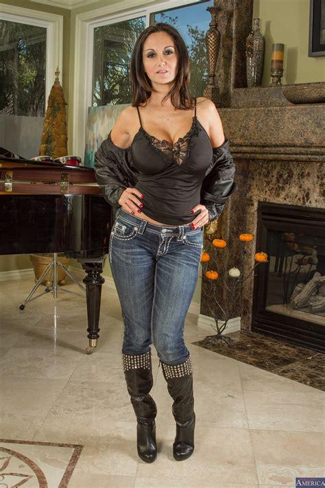 busty mom is very seductive lately photos ava addams van wylde milf fox