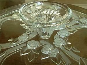 Plat A Gateau : ustensiles de cuisine ustensiles anciens vaisselle bouchons couverts moulins plats ~ Teatrodelosmanantiales.com Idées de Décoration