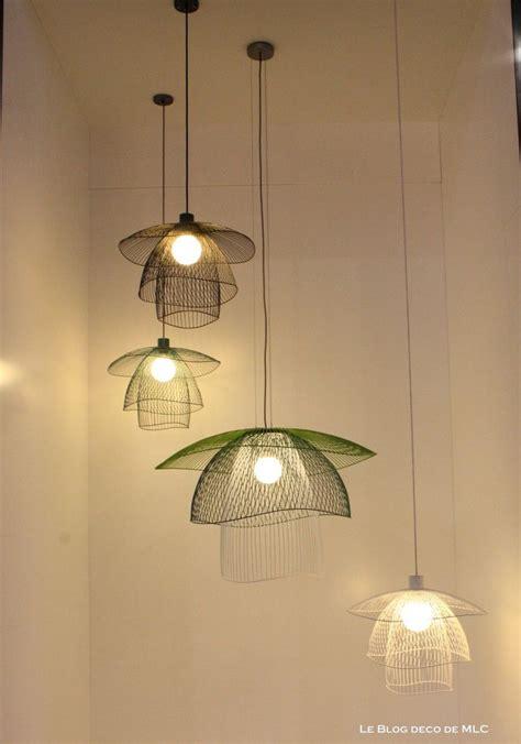 suspension design chambre lustre de chambre lustre chambre ado rayures lustre