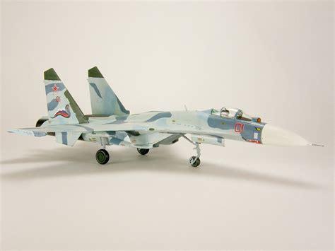 "Review: Su-27 Flanker ""Shark Teeth"" | IPMS/USA Reviews"