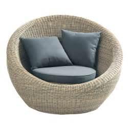 chambre bébé fille gris et fauteuil de jardin en résine tressée raphaël