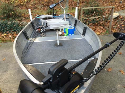 Bass Jon Boat by Bass Boat To Jon Boat Bass Boats Canoes Kayaks And