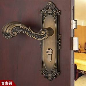Free shipping antique brass door lock handle room door for Brass bathroom door handles with lock