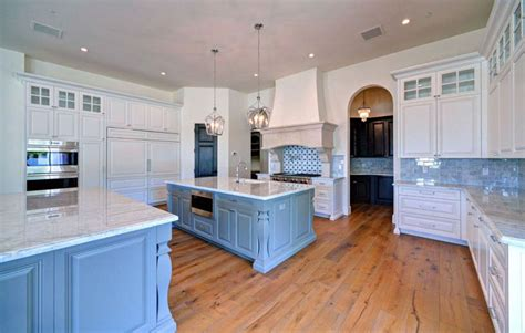 blue and white kitchen cabinets classic country kitchen designs design ideas kitchens