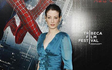 kate gordon actress british actress lucy gordon sparkles as serge gainsbourg