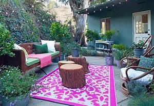 15 facons de decorer votre terrasse pour moins de 50 With déco chambre bébé pas cher avec bac a fleur en beton