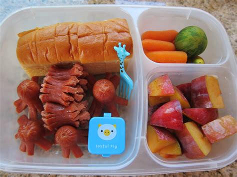 let s do lunch and snack day of kindergarten 570 | img 1515