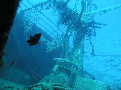 Barcos Piratas Hundidos En El Caribe by Barcos Hundidos En El Fondo Del Mar Fotos Reales