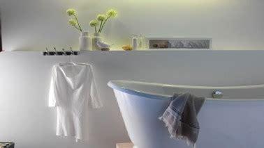 peinture plafond salle de bain peinture 224 la chaux pour des murs color 233 s effet d antan