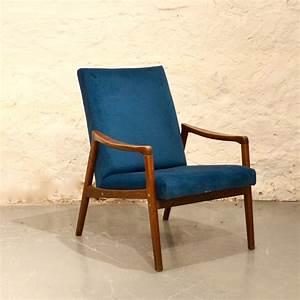 Fauteuil Bleu Scandinave : fauteuil scandinave bleu canard bindiesbindies ~ Teatrodelosmanantiales.com Idées de Décoration