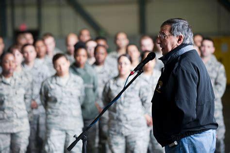 SecDef visits Incirlik to inspire, educate Airmen